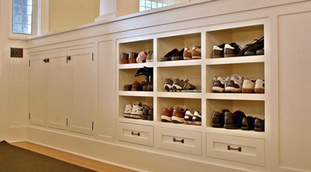Classic Solid Wood Shoe Cabinet