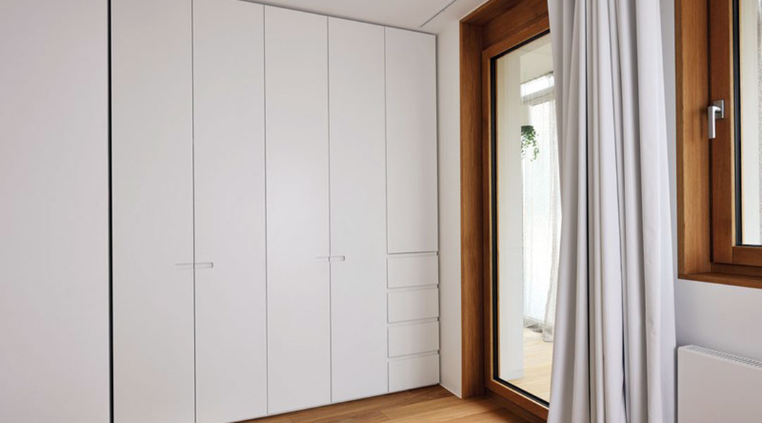 Swing Doors Wardrobe Cabinet Design 06
