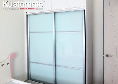 Built-in Sliding Door Wardrobe For Children Room