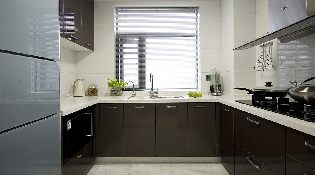 Contemporary Kitchen Cabinet Design 03