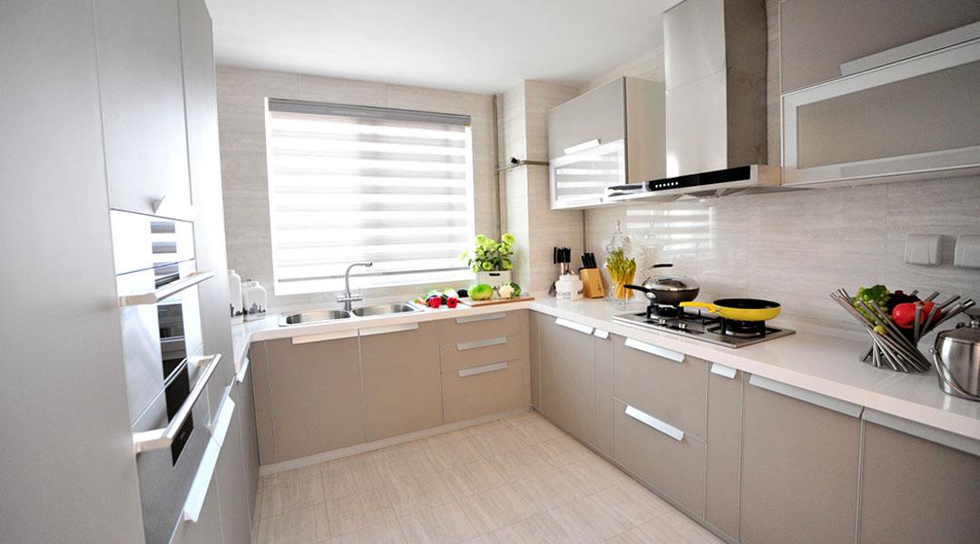Contemporary Kitchen Cabinet Design 04