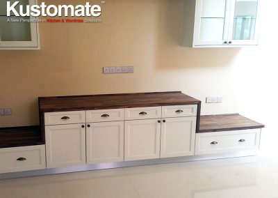 Solid Wood Classic Kitchen Cabinet Design 05