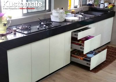 Contemporary Minimalist Gloss Kitchen Cabinet Design & Build For Residential House 07